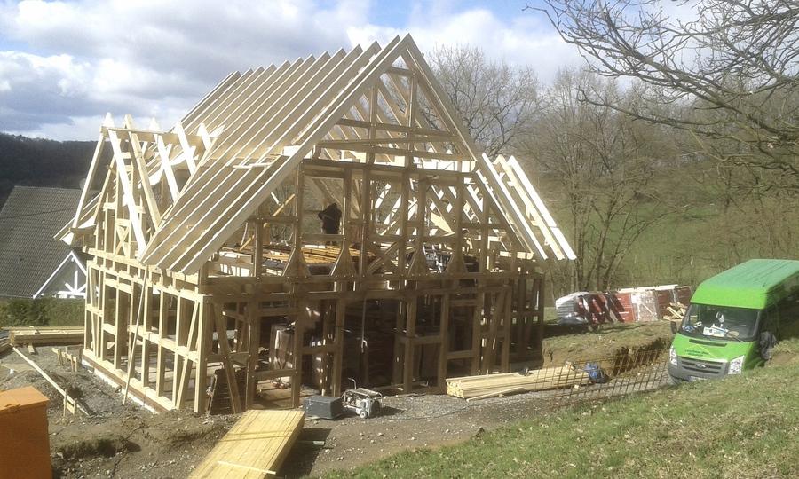 fachwerkh user neu gebaut tradition bewahrt fachwerkhaus in burglahr. Black Bedroom Furniture Sets. Home Design Ideas