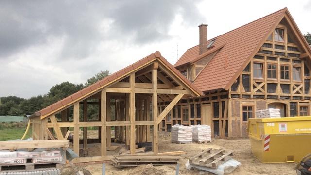 fachwerkh user neu gebaut tradition bewahrt fachwerkhaus in hanstedt. Black Bedroom Furniture Sets. Home Design Ideas